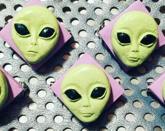 Space Grunge Pastel Alien Pin