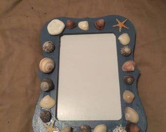 Sea shell picture frame for a 4x6 picture