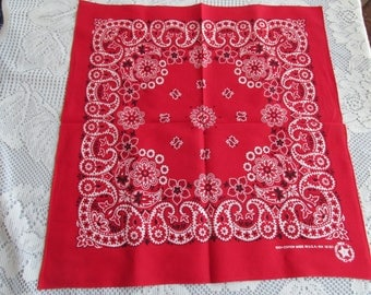 "Vintage USA Red and White Elephant ""Trunks UP"" Bandana RN 15787"