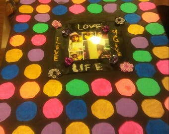 Colorful dots with fashion show for young girls