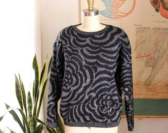 metallic silver & black 1980s sweater . womens pullover sweater size small to meidum. lambswool sweater, made in Ireland