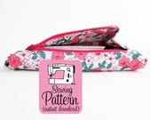 Gusset Zipper Pocket PDF Sewing Pattern | Detailed sewing instructions to make a zippered pocket that opens wide.