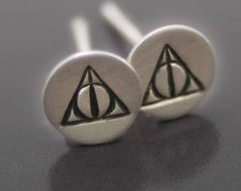 Triangle Symbol Stud Earrings