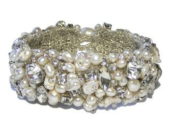 Pearl and Rhinestone Bridal Cuff Bracelet, Bridal Cuff Bracelet, Wedding Bridal Bracelet, Pearl Cuff Bracelet, Rhinestone Pearl Bracelet