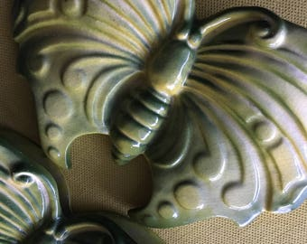 60s Vintage Butterfly Glazed Ceramic Wall Pockets Pocket Set of Two Green