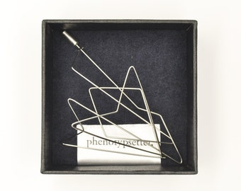 Wire Brooch Pin – Arrow