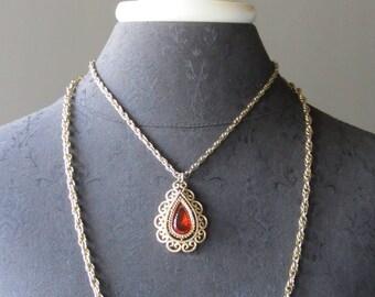 Grenada Pendant Necklace - Signed - AVON - 1973