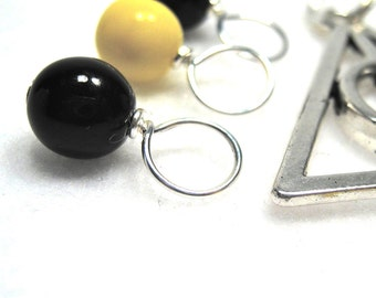 Snag-Free Stitch Markers for Knitting or Crochet, Harry Potter Hufflepuff House with Charm, Customizable with Removable Hooks or Rings