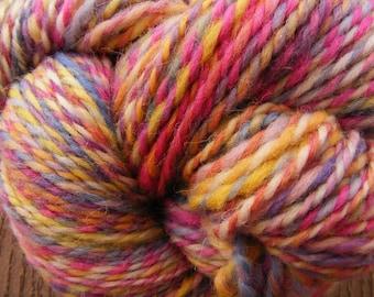 SUMMER WALK Handspun Wool Yarn Cheviot 190yds 3.5oz 9-wpi aspenmoonarts heavy worsted artyarn knitting art yarn hand spun