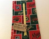 Minnesota Hockey Flat White Zippered Notions Pouch. Notion Pouch. Small Zippered Pouch. Gift for Knitters. Cord organizer. Gift under 20.