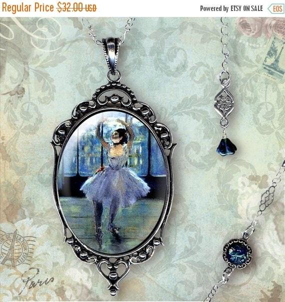 Ballet Noir Glass Frame Necklace - Vintage Paris Fashion - Art Masters Collection - La Danseuse Trois
