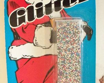 Vintage Glitter / Holly Trim Glitter / .53 oz. / Multi-Color