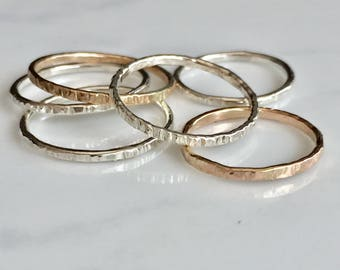 Stackable rings-scored texture