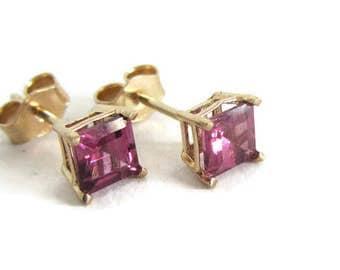Minimal Earrings, January Birthstone, Earrings Gemstone Red, Garnet Earrings, 14k Gold Post Studs, Studs Square Gold, Everyday Studs Gold