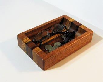 Dresser Valet Made of Six Woods