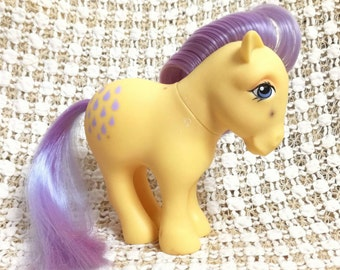 Vintage My Little Pony Lemon Drop MLP Very Rare G1 1982 Yellow Body Purple Hair Droplet Symbols - Hong Kong Collectors Pose
