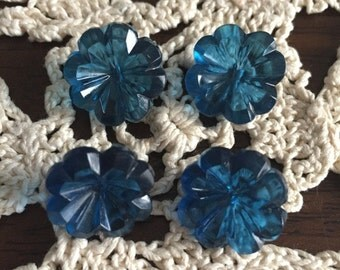 Vintage Set of 4 Capri Blue Flower Shaped Translucent Buttons - Gorgeous - For sewing, home decor, crafting