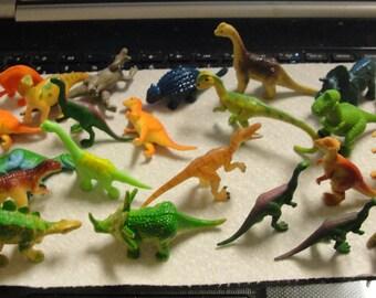 Lot of Plastic Dinosaur Figurines