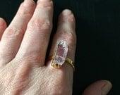 Sale Dara Ettinger Free form pink quartz cocktail ring sz 8.25
