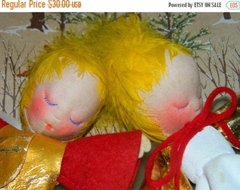 Vintage Mica Christmas Angels, Choir Angels, Blonde Hair Putz Christmas Decorations, Holiday Decor