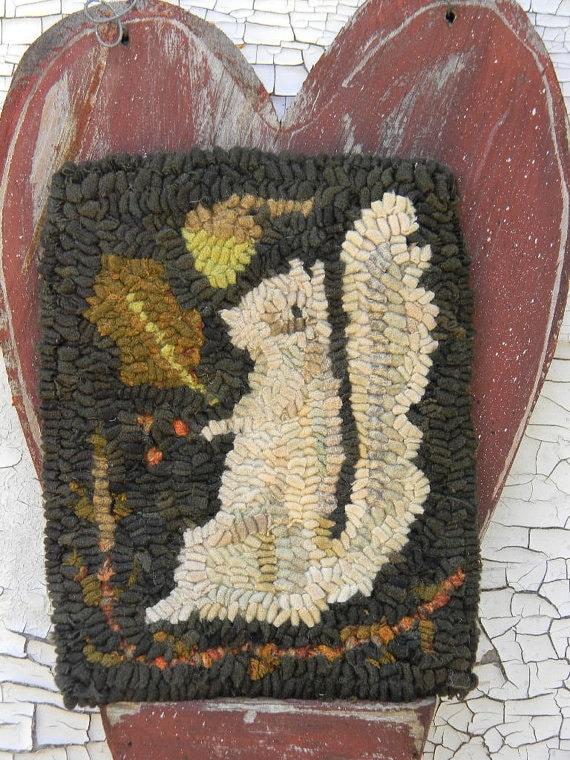 Winter Squirrel rug hooking pattern - PDF - from Notforgotten Farm™