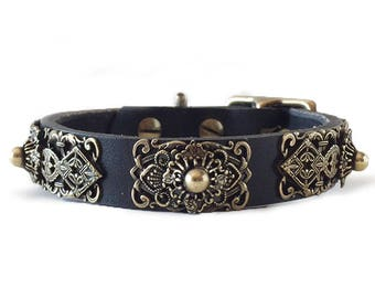 Queenie leather dog collar for small dogs