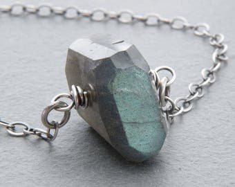 Blue Flash Labradorite Necklace for Women, Sterling Silver, Blue Flash Stone, Green Labradorite Layering Necklace, Everyday Necklace,#4785
