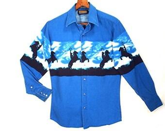 80's BLUE vintage pearl snap shirt // western cowboy shirt // novelty HORSE print  // S - M