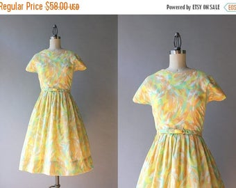 STOREWIDE SALE Vintage 60s Dress / 1960s Spring Day Dress / Early 60s Golden Yellow Nude and Apricot Full Skirt Dress M medium