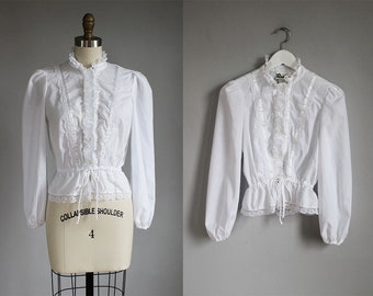 1970s white lace long sleeve blouse / xs