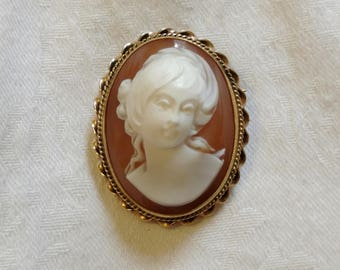 Cameo Brooch / Pendant, 14k Gold Handmade Frame, Antique Carved Shell, Italian Cameo, awesome condition