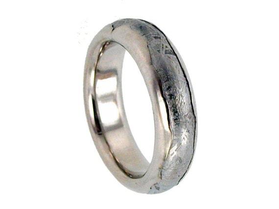 Meteorite Ring inlaid in Wavy Platinum / Solid Meteor Wedding Band inlaid Platinum Ring / (single ring)