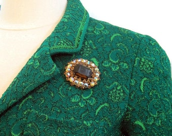 Vintage 50s Brooch Rhinestone Topaz and Aurora Cocktail Evening Gold tone Pin