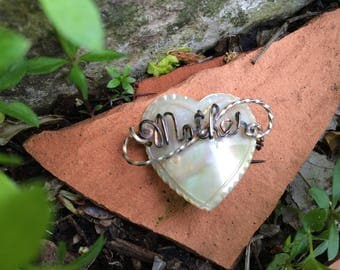 Mother, forever in my heart, vintage mother of pearl pin,  Mother of pearl brooch, heart shaped brooch, Victorian Mother pin, Mothers Day