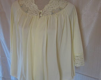 Vintage Pale Yellow Nylon Bed Jacket