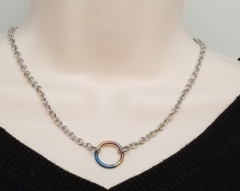 Discreet Slave Collar O Locking necklace Stainless Steel Chain With Rainbow Anodized Titanium Captive Segment Ring Clasp