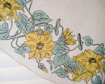 Oval floral tablecloth