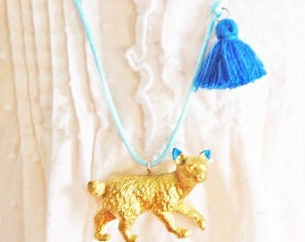 Cat Necklace. Kids Cat Necklace. Gifts for Cat Lovers. Cat Jewelry. Tassel necklace. Gifts for Kids. Little Cat Lady. Boho necklace.