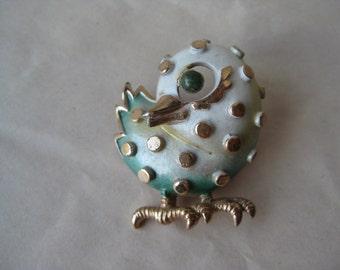 Shabby Bird Green White Gold Brooch Pin Vintage