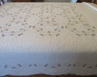 Reduced...Beautiful machine  quilted white cotton coverlet with floral crewel work design and floral trim