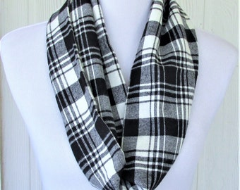 Black and White Plaid Infinity Scarf, Flannel Scarf, Necklace Scarf, Women's Scarves, Eclectasie
