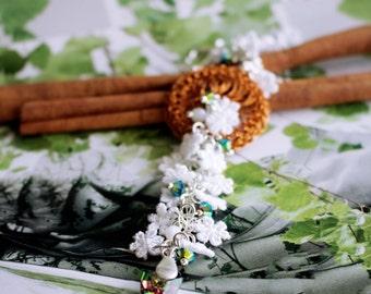 Modern lace  swarovski  / flower Necklace
