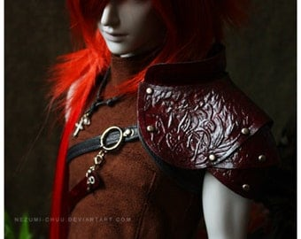 BJD Soom SG Celtic Knotwork Seahorse Tooled Leather Pauldron Shoulder Armor