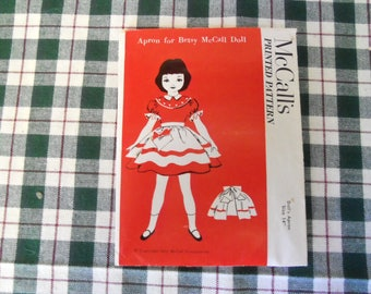 """McCall's Printed Pattern  Apron For  14"""" Betsy McCall 1952"""