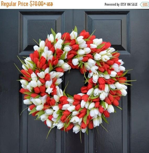 SPRING WREATH SALE Spring Wreath- Tulip Spring Wreath- Valentine's Day Wreath- Red and White Valentine Decor