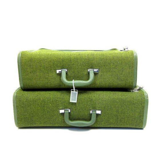 Vintage 60s Avocado Green TWEED Matching Suitcases 1960s Skyway Luggage Retro Midcentury Travel Bags Large Carry On Suitcases Set of 2