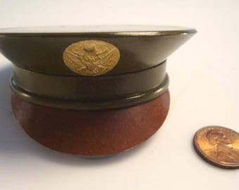 WWII Military Hat Design Powder Compact by Henriett:  1940's Sweetheart Gift