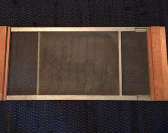 Vintage Wood And Metal Window Screens Adjustable   Expandable   Fly Screen