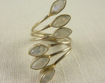 Vintage Size 9.5 Sterling Rainbow Moonstone Wrap Ring
