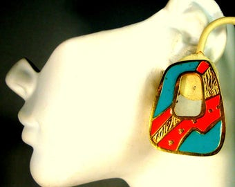 Turquoise Coral Gold Mod CLIP Earrings, Southwestern Pueblo Indian Influenced  Design, 1980s Enamel on Metal, Mint Condition